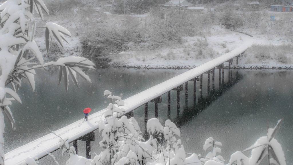 沈下橋の初雪