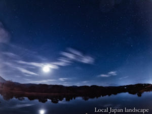 月明かりの水面(四万十市)